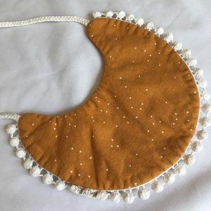Handmade Vintage Reversible Bib🍂